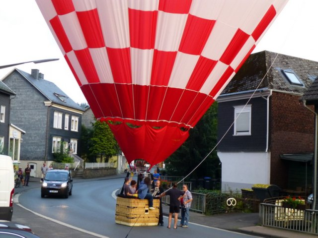 Ballonlandung in Eiserfeld August 2014